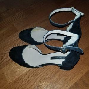 Kenzie Black heels